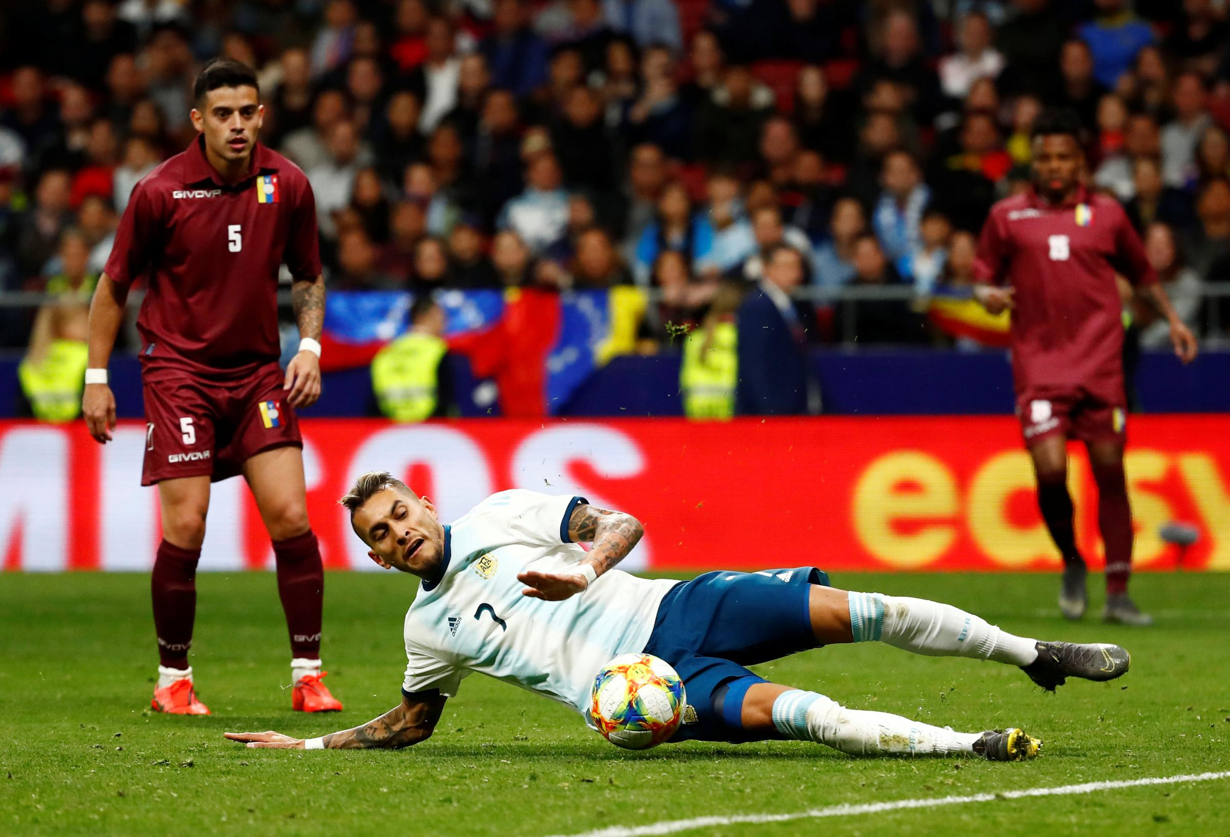 A sliding Roberto Pereyra in action in Madrid last night. Picture: Action Images