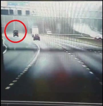 Footage captured by the police car on the M25