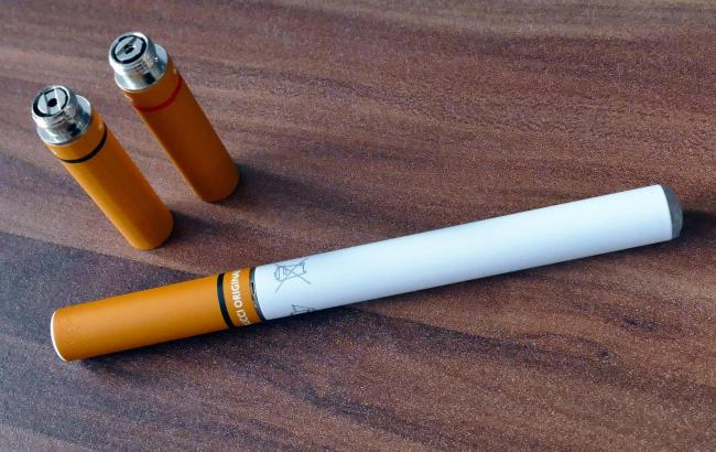 Free e-cigarettes could be given out at Herts foodbanks